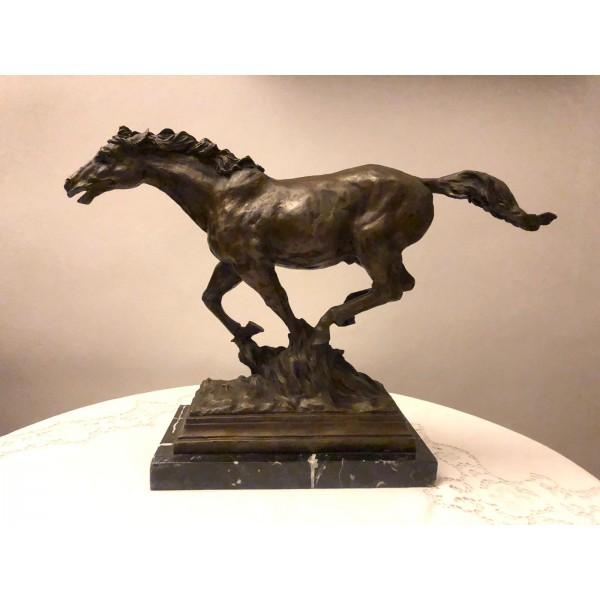 Cavallo al galoppo di Miguel Fernando Lopez (Milo)